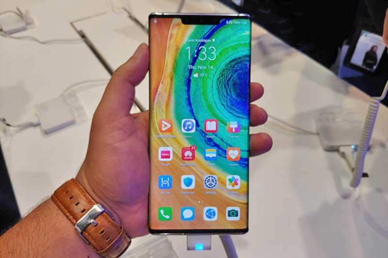 Huawei Mate 30 Pro Resmi Hadir di Indonesia