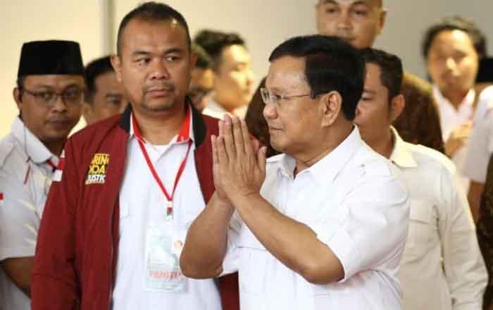 Siap Lahir Batin Lawan Jokowi, Prabowo Maju Capres dari Gerindra