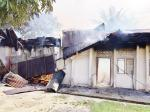 Aula Terbakar, Jemaat Berhamburan Selamatkan Diri