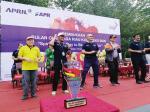 Semangat Juara Junjung Persahabatan Bulan Olahraga Riau Kompleks