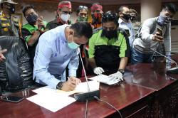 DPRD dan Buruh Riau Sepakat Tolak Omnibus Law
