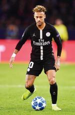 Neymar, Antara Comeback  dan Kontrak
