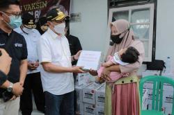Gubri Bersama PKK Riau Berikan Bantuan PMT untuk Balita dan Ibu Hamil