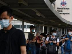 Singapura Semi Lockdown terkait Corona, Pekerja Malaysia Gelisah