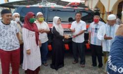 Hj Juniwarti Sumbangkan Satu Unit Ambulans