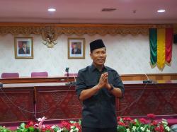Mengundurkan Diri, Ketua DPRD Riau Minta Maaf