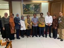 Kemenlu Ajak Riau Promosi ke Luar Negri