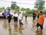 Tinjau Lokasi Banjir, Wardan  Minta OPD Terkait Carikan Solusi