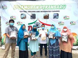 Dosen Faperta Unri Kembangkan Agrobisnis Berbasis Limbah Usaha Jamur Tiram