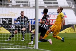 Tottenham Tertahan di Kandang Newcastle