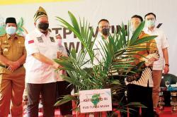 Senator Dukung Percepatan Peremajaan Sawit Rakyat di PTPN V