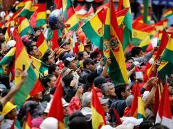 Menteri Kesehatan Bolivia Dipecat