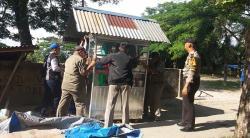 Upika Tualang Tertibkan   Pedagang Berjualan di Trotoar