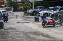 Pembangunan SPALD-T di Jalan Tanjung Datuk Dikeluhkan Warga