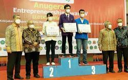 Mahasiswa IBT Pelita Indonesia Raih Prestasi Entrepreneurship Award V