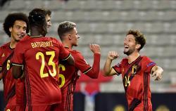 Belgia Remukkan Islandia, Portugal Beruntung