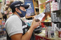 Tim Gabungan Bea Cukai Pekanbaru Lakukan Penindakan ke Toko-Toko