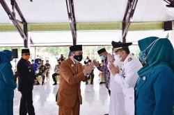 Langsung Bekerja Usai Dilantik Jadi Bupati dan Wakil Bupati Inhu