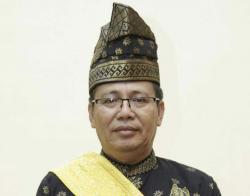 Heboh Selebgram Keanu Angelo Pakai Tanjak di Pekanbaru, Ini Kata LAMR