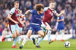Chelsea Batal Gusur Tottenham