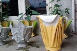 Sulap Pakaian Bekas Jadi Pot Bunga