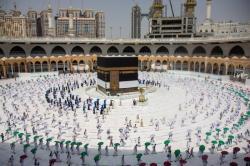 Arab Saudi Hentikan Sementara Visa Umrah untuk Indonesia
