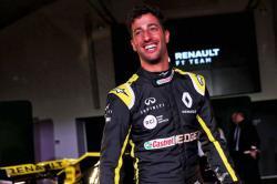 Renault Tim Pabrikan Pertama yang Liburkan Karyawannya