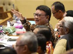 Bupati Kena OTT KPK, Tjahjo Kumolo: Tolong Sekda Ingatkan Kepala Daerah