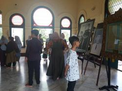 Ribuan Pengunjung Padati Istana Siak