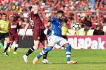 Tendangan Guy Junior Bawa PSM Jauhi Persib di Puncak Klasemen Liga 1