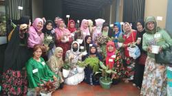 Pecinta Bunga Riau Gelar Barter Bunga dan Syukuran