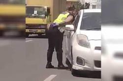 Ludahi Pengendara, Oknum Polisi Bripka MRS Diamankan dan Dimutasi