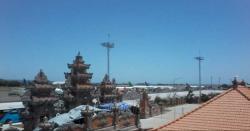 Gempa di Bali, Penerbangan 5 Pesawat Tertahan 15 Menit