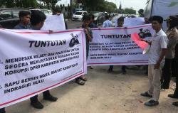 Pendemo Desak PT Hutahaean Bayarkan Pola KKPA selama 15 Tahun