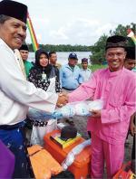 Bantu Nelayan, Wabup  Ingatkan Jaga Sungai