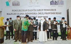 Pengurus MUI Riau Dikukuhkan