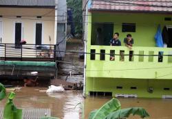 BNPB: 62 Ribu Masyarakat Mengungsi Akibat Banjir