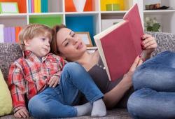 5 Tips Cara Mudah Mendongeng untuk Anak