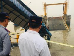 Korban Jatuh di Dermaga Pelabuhan Buton Belum Ditemukan