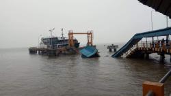 Satu Orang Tenggelam, Ambruknya Dermaga Pelabuhan Penumpang Buton