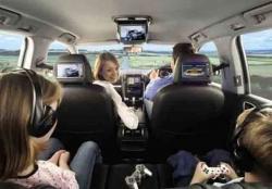 Tentukan Posisi Anak Dalam Kabin Mobil