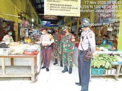 Pantau Penerapan Prokes di Pasar Tradisional