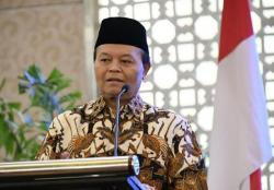 Hidayat Nur Wahid Minta Kemenag Komitmen