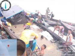 Dihantam Gelombang, KM Pengangkut Sembako Tenggelam