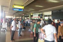 PNBP BP Batam  dari Bandara Hang Nadim Menurun