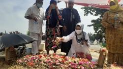 Jelang Debat, Syarifah Ziarah ke Makam Eko Suharjo