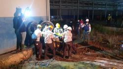 Kapolres Pimpin Evakuasi Korban Kebakaran Tangki di PT SDO
