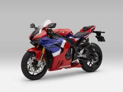 Honda CBR1000RR-R Fireblade Dipasarkan Rp1,1 Miliar