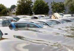 Waspada Mobil Kebanjiran