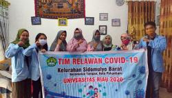 Mahasiswa Relawan Unri Sosialisasikan Pembuatan Hand Sanitizer Alami